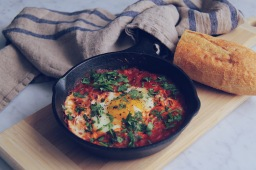 Healthy & Spicy Shakshuka (GF/LCHF)
